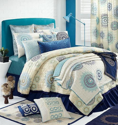 352_1533_3773 Modern Designs Of Luxurious Bed Sheets