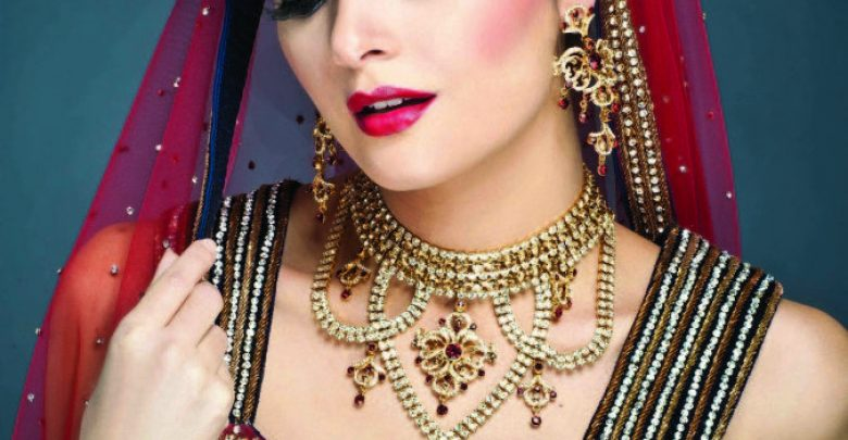Photo of Do You Like The Indian Make-Up Art ?!