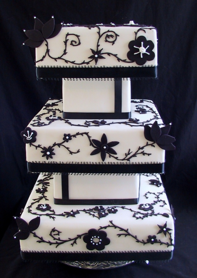 964-tier-wedding-cake-construction 50 Mouthwatering and Wonderful Wedding Cakes