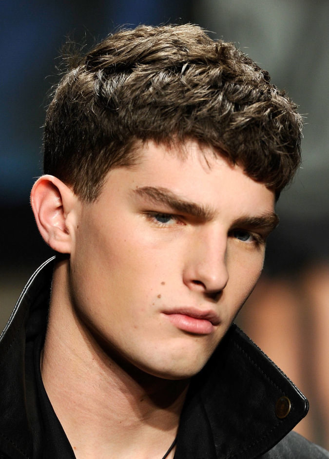 96809141_10 Hairstyles For Men