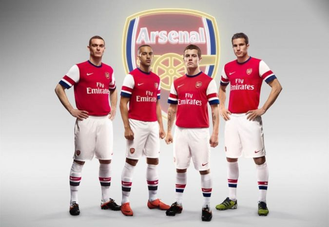 Arsenal-Football-Club-players Top 10 Football Teams in the World