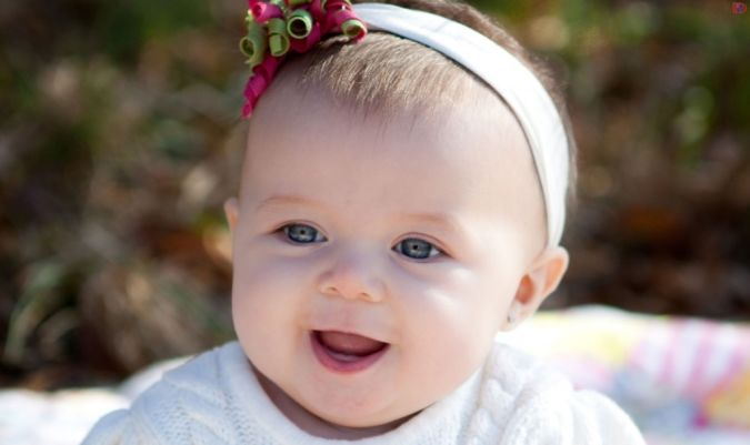 Beautiful-Baby-Girl-Picture-Cute-Laughing-Pose Top 20 Names for Your Baby Girl