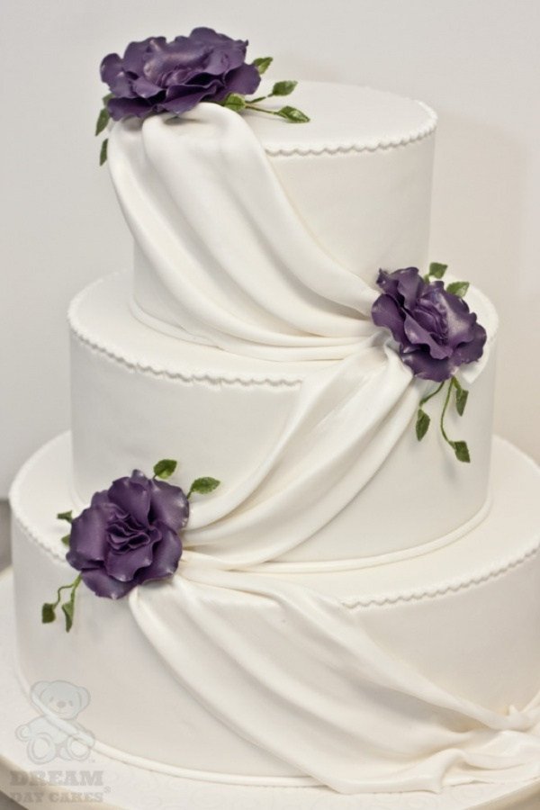 Beautiful-wedding-cakes-2013-2014 50 Mouthwatering and Wonderful Wedding Cakes