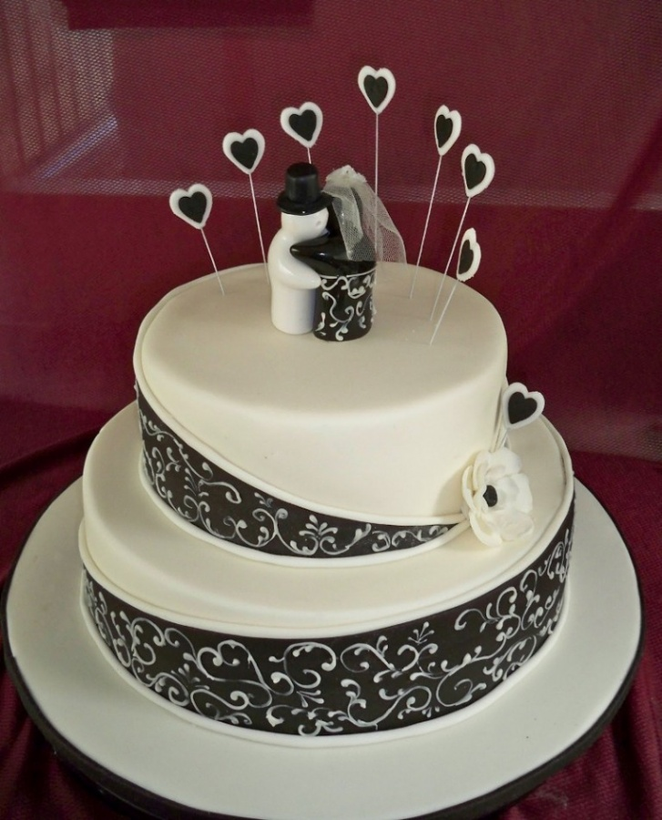 Black-and-White-Wedding-Cakes 50 Mouthwatering and Wonderful Wedding Cakes