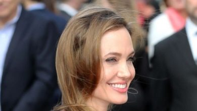 Photo of Angelina Jolie Catches the Eyes of Her Lovers and Cameras after Her First Appearance Since Mastectomy