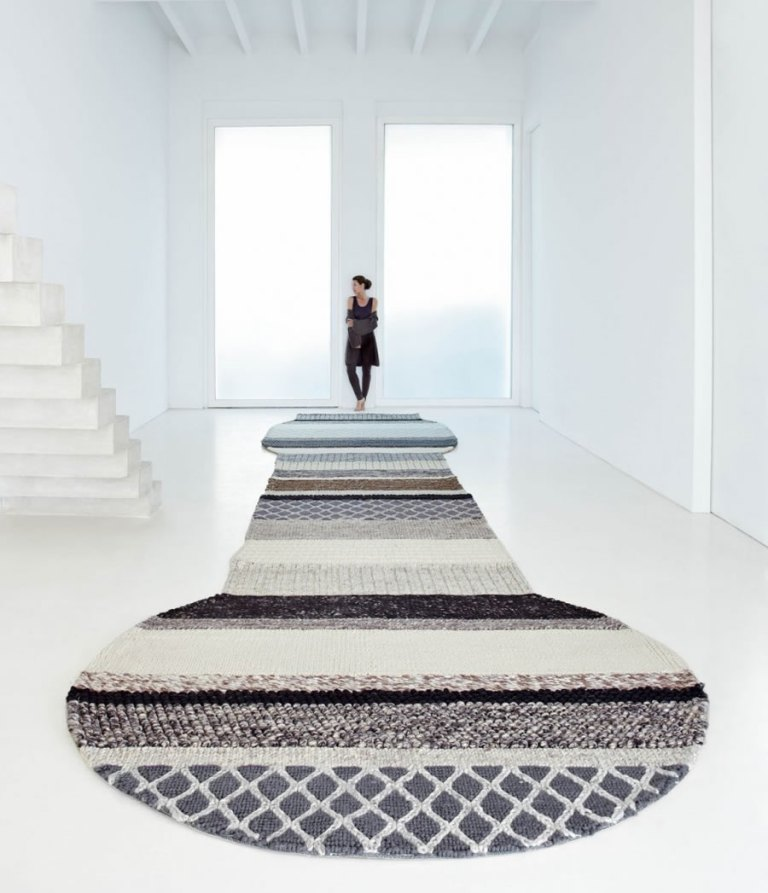 Cool-and-Unique-Rug-Design-for-Home-Interior-Accessories-Mangas-Series-by-Patricia-Urquiola Exotic and Creative Carpet Designs for Your Unique Home