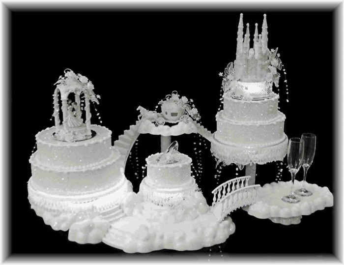 Description-about-fairytale-wedding-cake-wallpaper 50 Mouthwatering and Wonderful Wedding Cakes