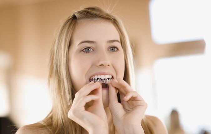EarthTalkTeethWhitening Whitening Your Teeth At Home