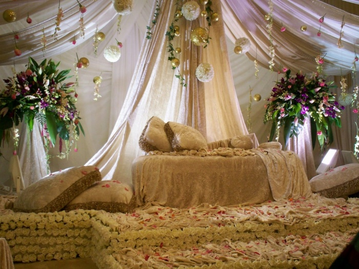 Gazebo Dazzling and Stunning Outdoor Wedding Decorations