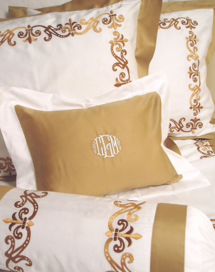HH-Riviera Modern Designs Of Luxurious Bed Sheets