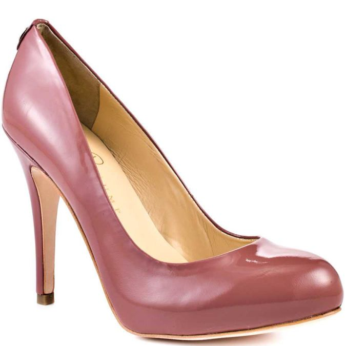 High-heels-womens-shoes-33981541-900-900 Wearing High Heels Makes You Look Slimmer