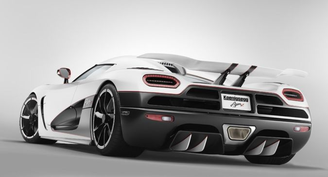 Koenigsegg-Agera-R Top 10 Fastest Cars in the World
