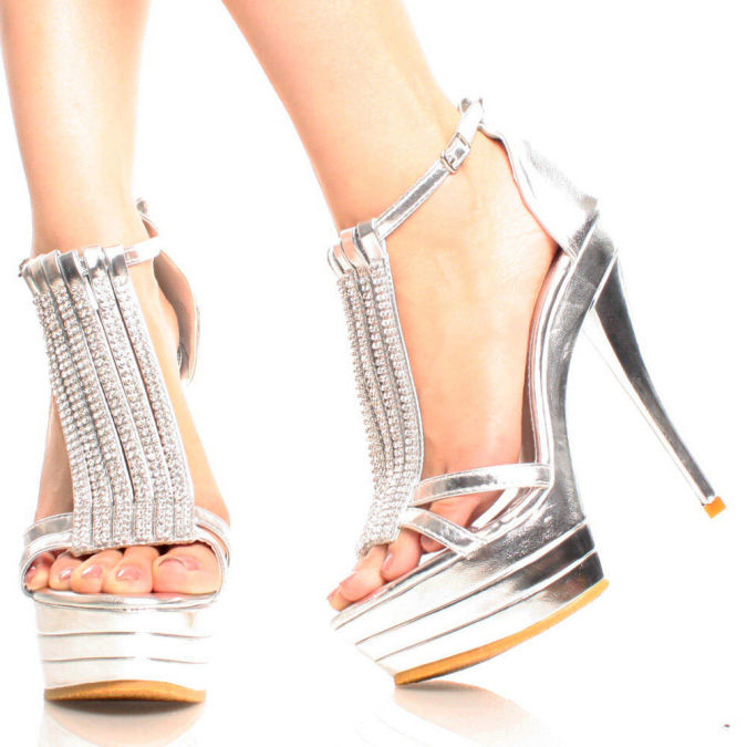 Luya-2-Silver-Womens-Fashion Wearing High Heels Makes You Look Slimmer
