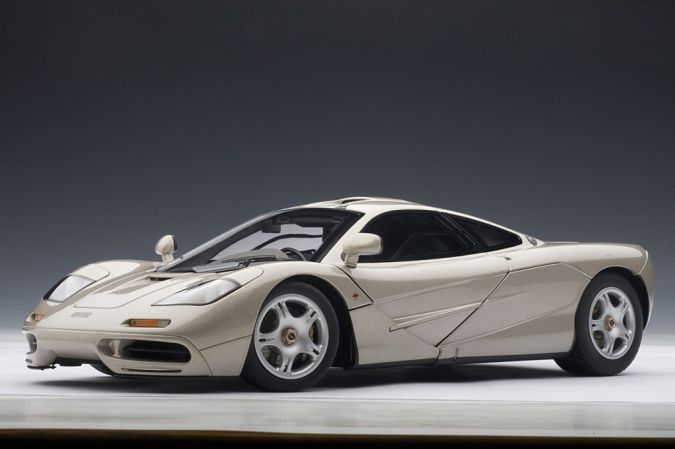 McLaren-F1. Top 10 Fastest Cars in the World