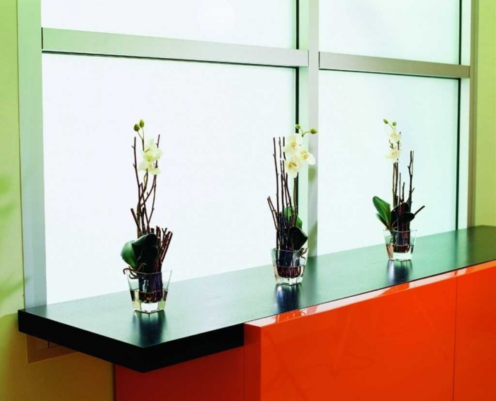 Modern-Home-Accessories-Flowers Home Accessories Complement The Atmosphere In Your Home
