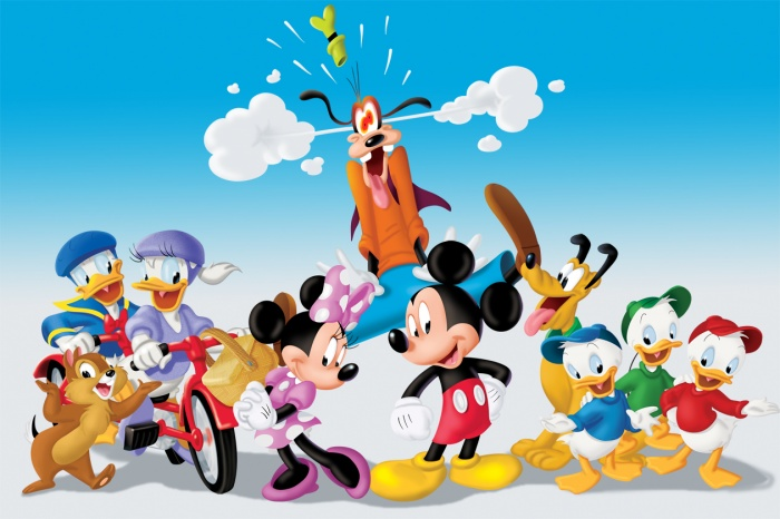 Muliple-characters Mickey Mouse Popular Cartoon Character