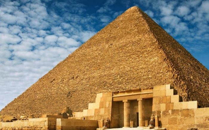 Pyramids-Egypt1-1050x1680 Egyptian Pyramids Architecture