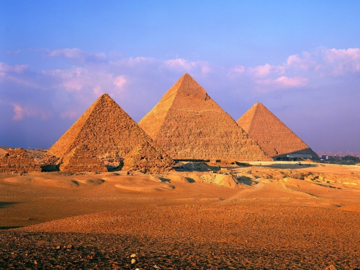 Pyramids-of-Giza-egypt-1239953_1600_1200 Egyptian Pyramids Architecture