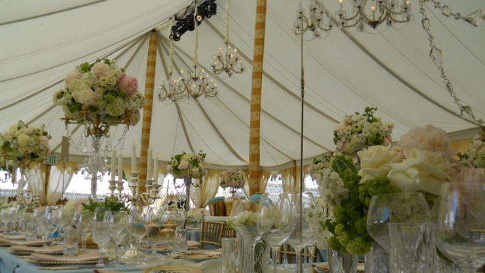 Raj-Tents-French-Themed-Luxury-Tent-with-chandeliers Dazzling and Stunning Outdoor Wedding Decorations