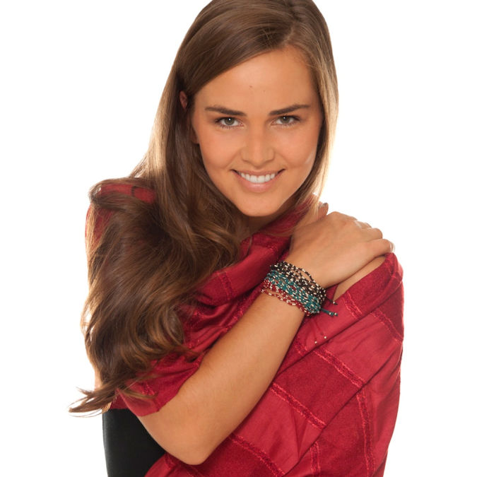 Red_Handmade_Scarf_for_Women_Model2 A Scarf Can Make Your Face Looks Glowing