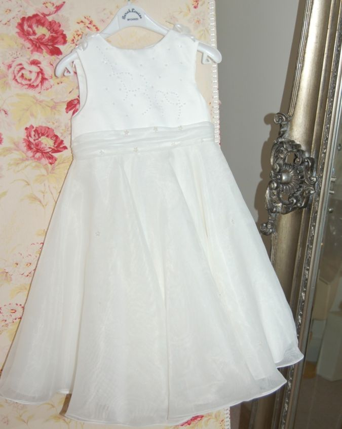 Sarah_Louise_8207__20384.1341408077.1280.1280 Fabulous Ceremonial Dresses For Kids