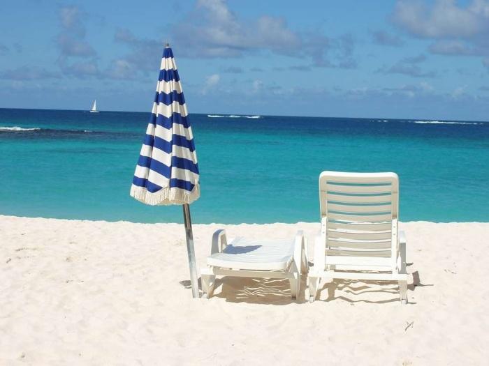 Shoal-Bay-Beach-6 How To Choose A Beach Chair ?!