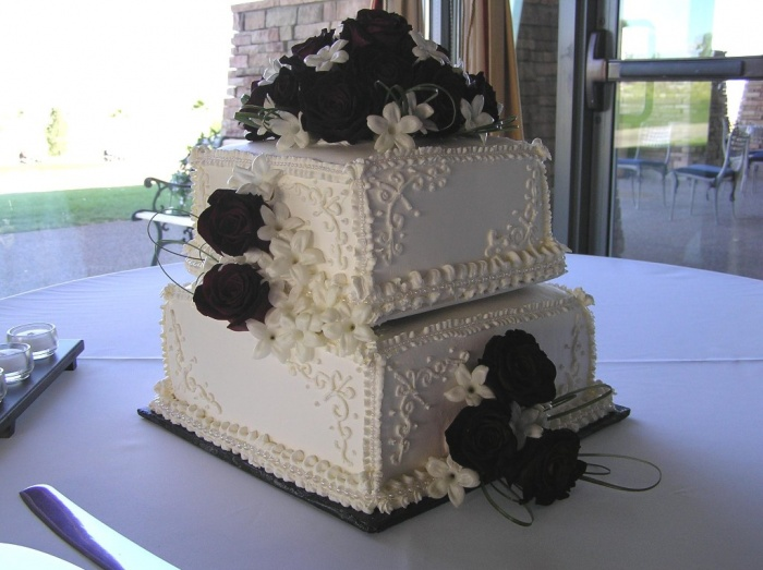 Square-Stacked-Elegance-Wedding-Cake Dazzling and Stunning Outdoor Wedding Decorations