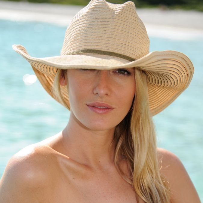 Trendy-Sun-Hats-for-Women Glamorous Hats For Women