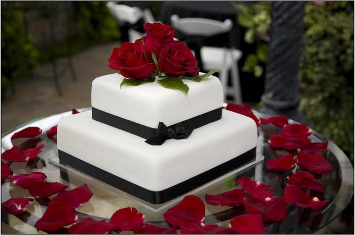 Wedding-cake11 50 Mouthwatering and Wonderful Wedding Cakes