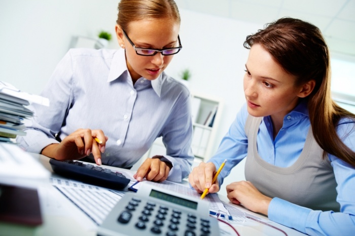 Why-Your-Business-Needs-an-Accountant How to Get Your Boss to Lessen Your Workload