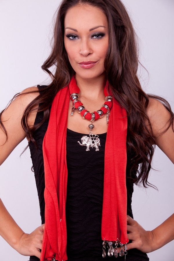 accessories-scarves-ec1-46215-6rust_1_1 A Scarf Can Make Your Face Looks Glowing