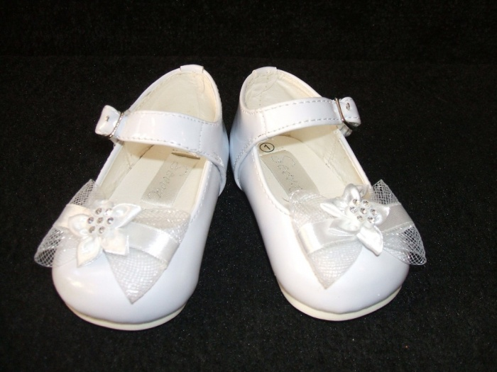 baby-shoes- TOP 10 Stylish Baby Girls Shoes Fashion