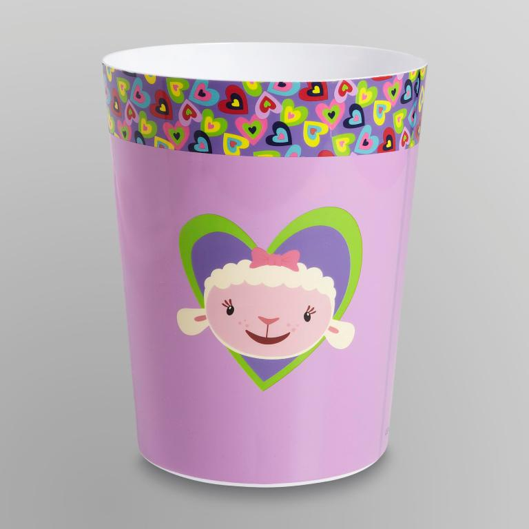 basket. 10 Fabulous Kids Bathroom Accessories