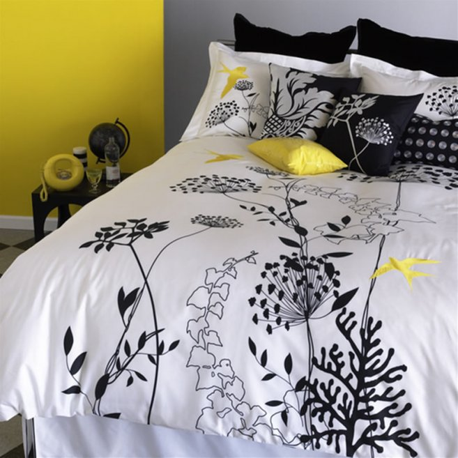 beautiful-bed-linen-design-for-bedroom-accessories-anis-yellow-duvet-set-by-blissliving-foto-image-01-657x657 Modern Designs Of Luxurious Bed Sheets