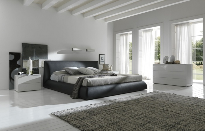 black-and-white-bedroom-design-for-2013-design-guide Fabulous and Breathtaking Bedroom Designs