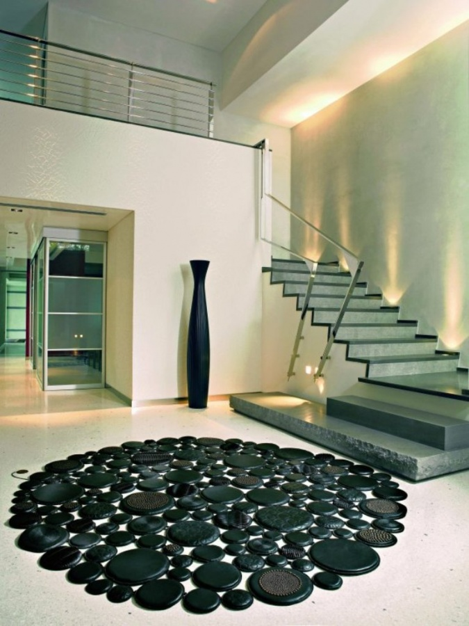 Black Circle Leather Rugs Design From Pachamama Exotic And Creative