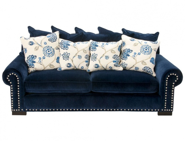 blue.1 What Are the Latest Home Decor Trends?
