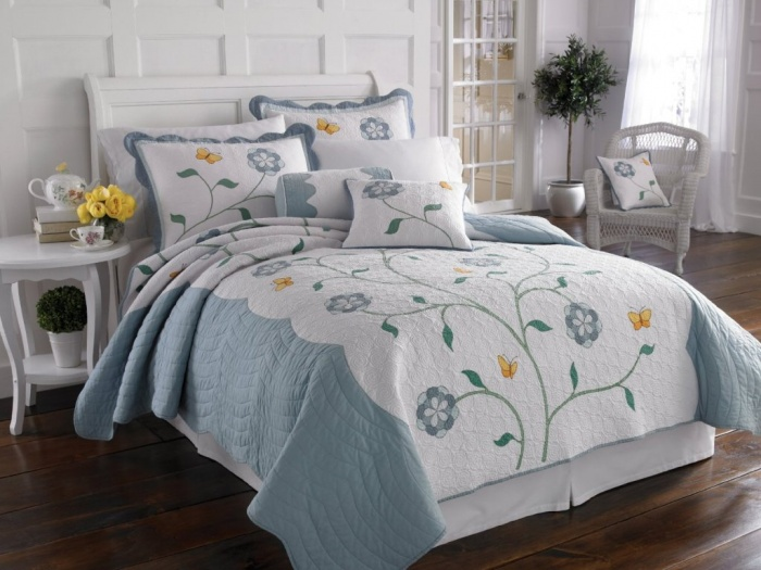 blue2 What Are the Latest Home Decor Trends?