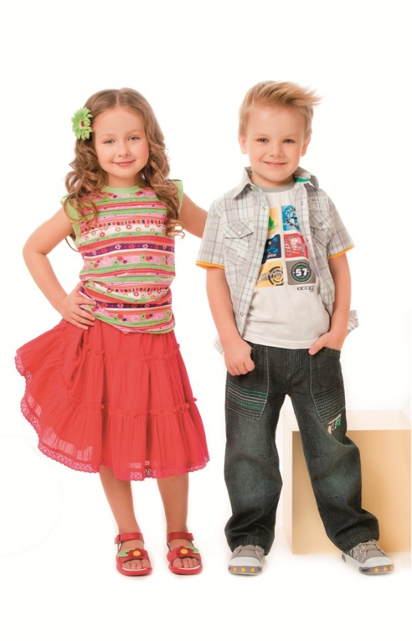 boy-and-girl2 Most Stylish American Kids Clothing