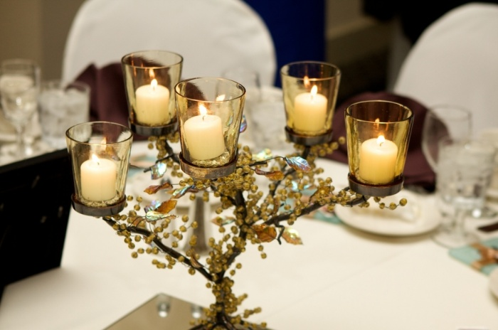 candle-holder 50 Fabulous and Breathtaking Wedding Centerpieces