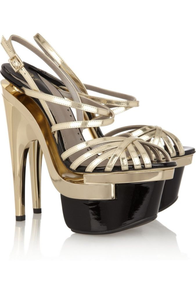 charming-Women-Sandal-name-brand-crystal-high-heel-sandals-glamour-shoes Wearing High Heels Makes You Look Slimmer