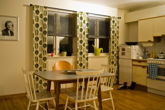cool-simple-kitchen-curtains Kitchen Window's Curtain For Privacy And Decoration