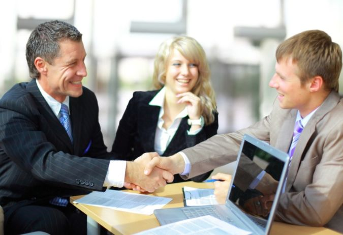 customer How Can Lawyers Make Use of Internet Marketing?