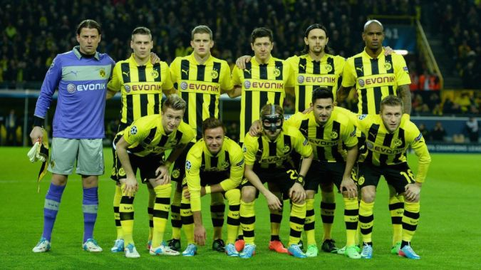 dortmund_pregame_picture Top 10 Football Teams in the World