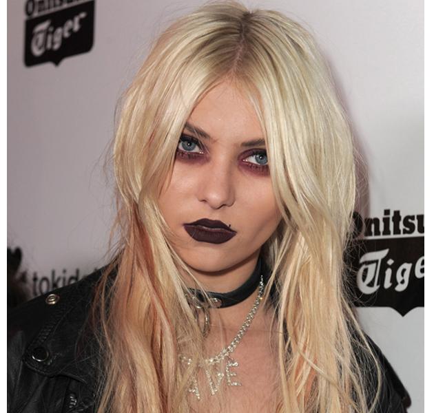 erroresmakeup Top 12 Ugliest Celebrity Makeup