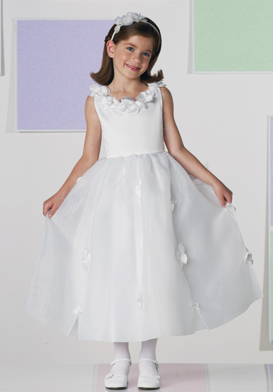 fairy-tales-flower-girl-dresses-by-joan-calabrese-2 Fabulous Ceremonial Dresses For Kids