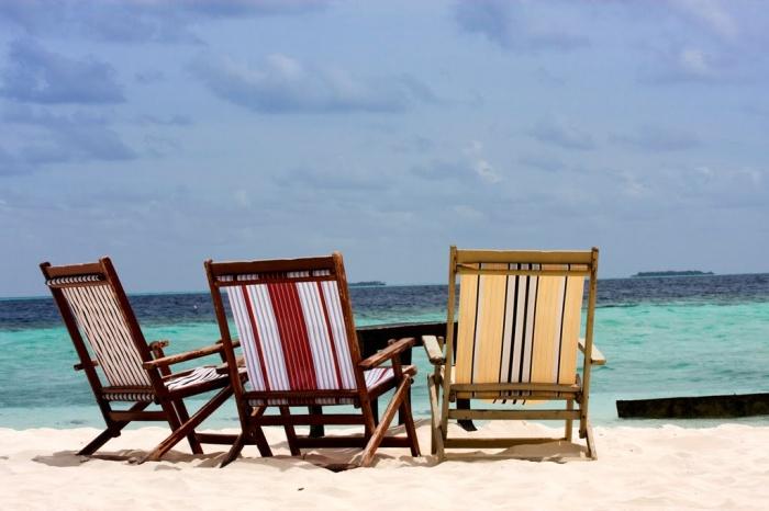 folding-beach-chair-pic How To Choose A Beach Chair ?!