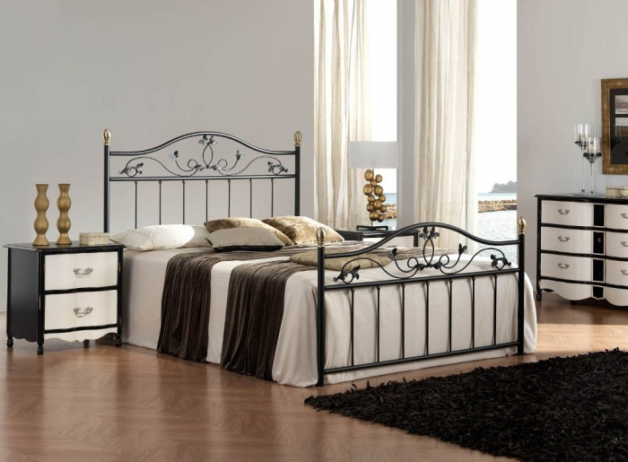 gray2 What Are the Latest Home Decor Trends?