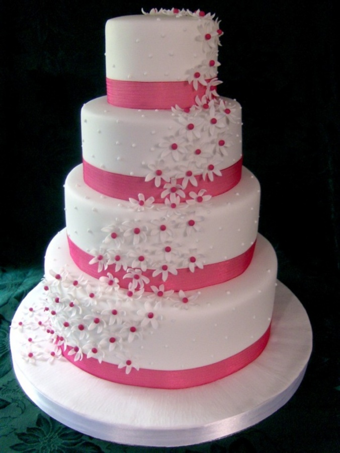 ideas_for_the_wedding_cake_1 50 Mouthwatering and Wonderful Wedding Cakes