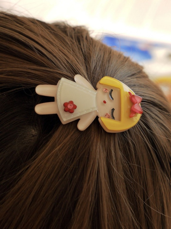 image1 50 Gorgeous Kids Hair Accessories and Hairstyles